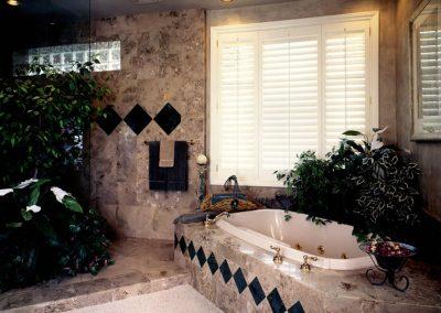 Colorado Classic bathroom