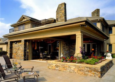 Colorado Classic outdoor living space